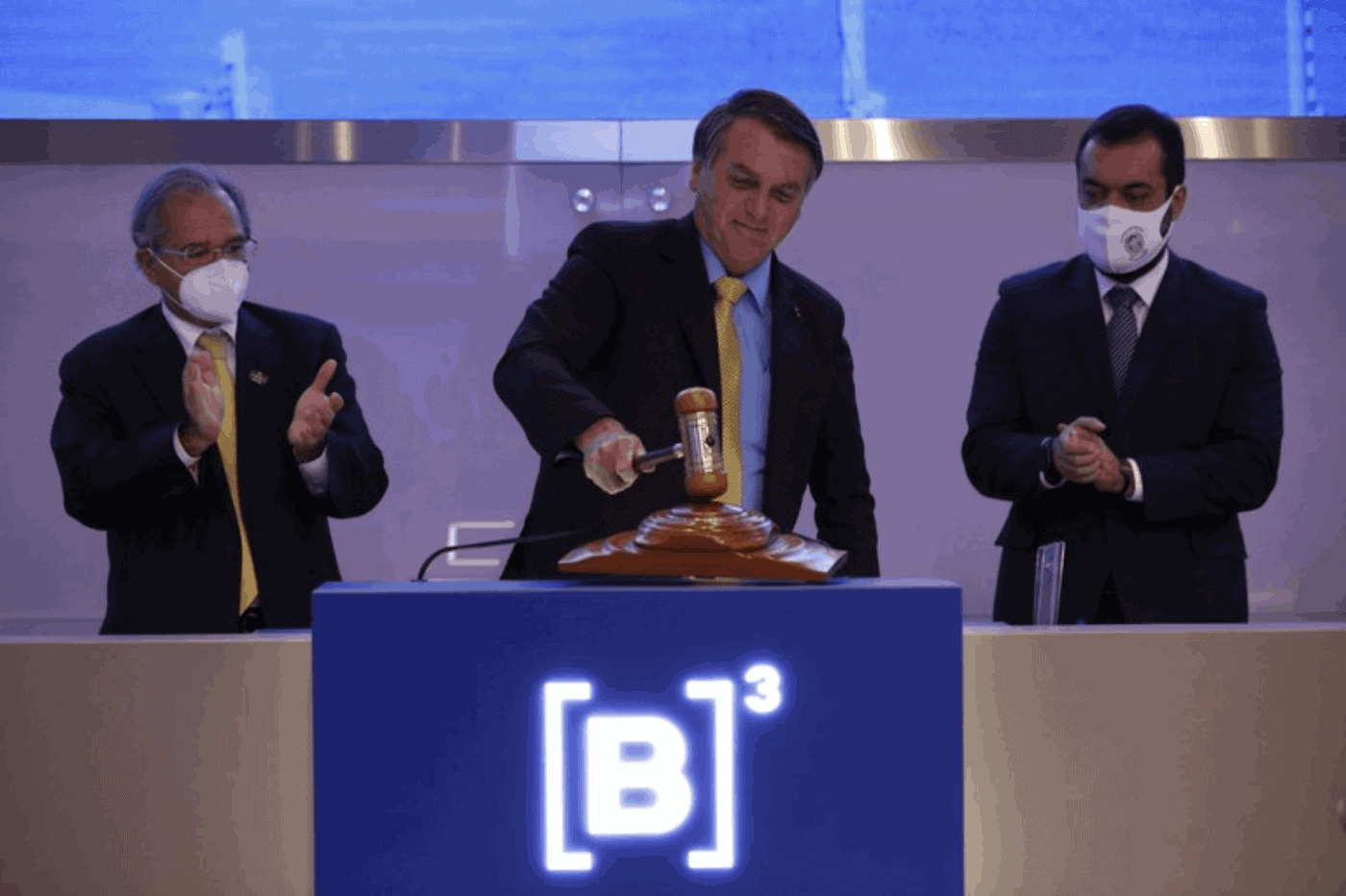 Revealed: Canadian pension funds invested nearly $1B in Bolsonaro-led water privatization scheme